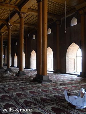 ręcznie tkany dywan orientalne projektowanie wnętrz architekt wnętrza warszawa wallsandmore walls&more